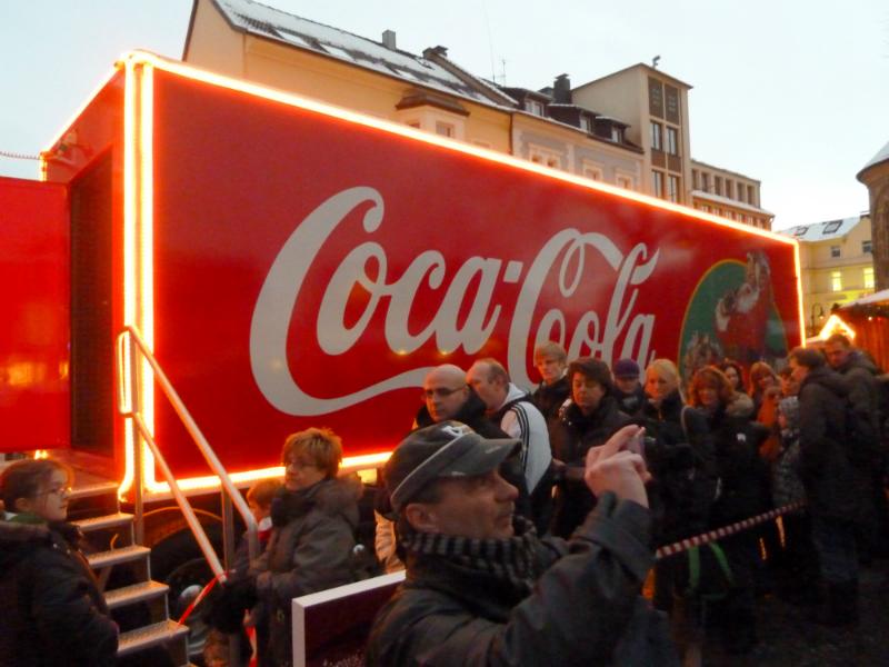 coca-cola-truck-08