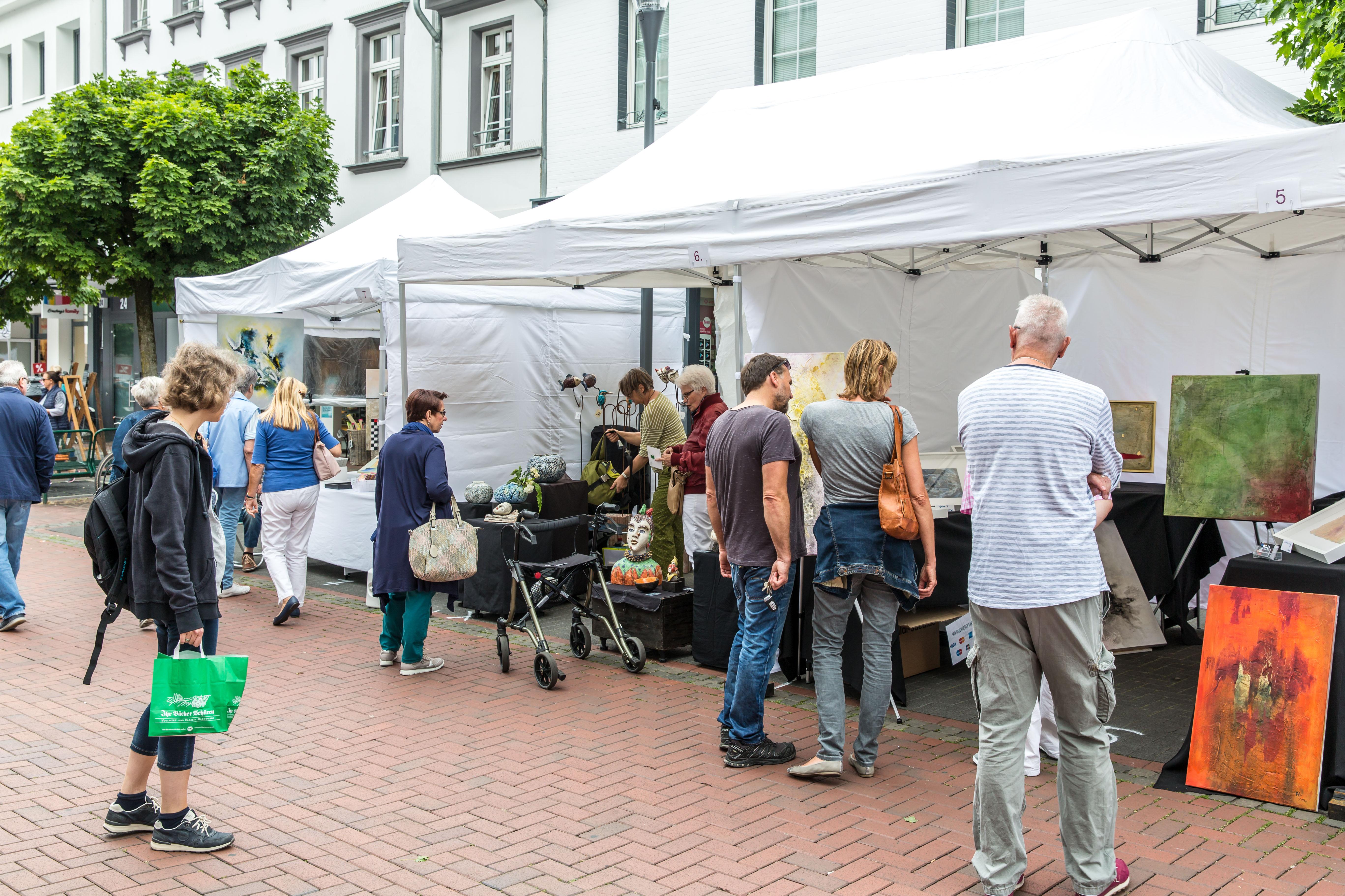 2017-kuenstlermarkt-013