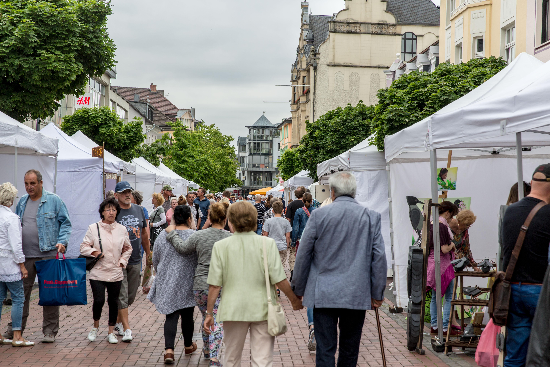 2017-kuenstlermarkt-057